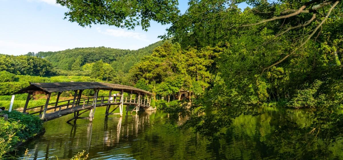 弓削神社の太鼓橋(石畳)
